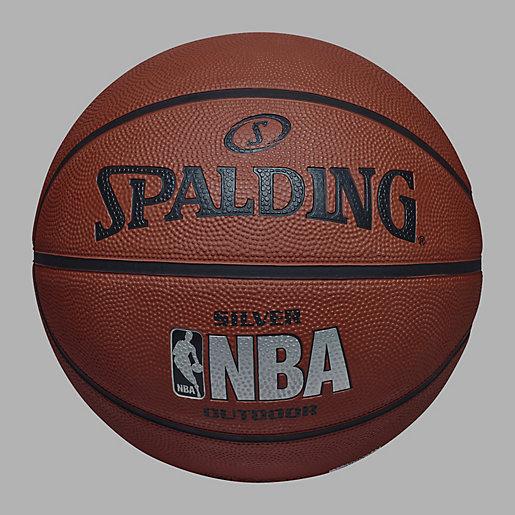 ballon basketball nba silver argent spalding intersport. Black Bedroom Furniture Sets. Home Design Ideas