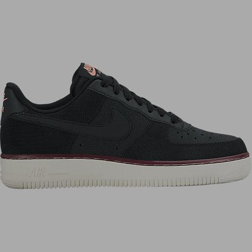 Chaussures pour femme Air Force 1 07 Daim NIKE