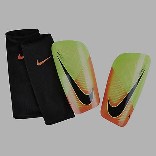 prot ge tibias mercurial lite nike intersport. Black Bedroom Furniture Sets. Home Design Ideas