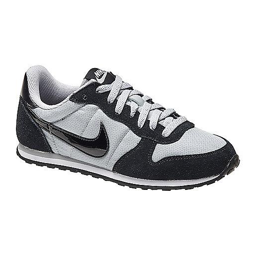 42202c35825 Mode Nike Femme Chaussures Genicco Intersport 8dqOnBw