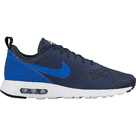 the latest dea05 28e2f Sneakers homme Air Max Tavas 705149 NIKE
