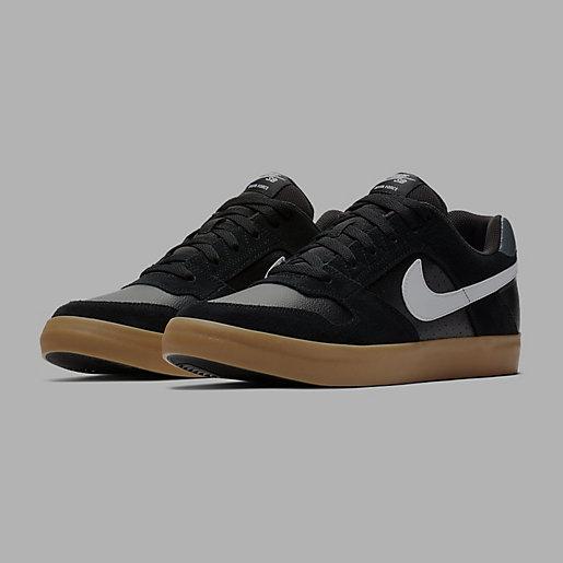 outlet store 74fec 1ba84 Sneakers homme Sb Delta Force Vulc NIKE