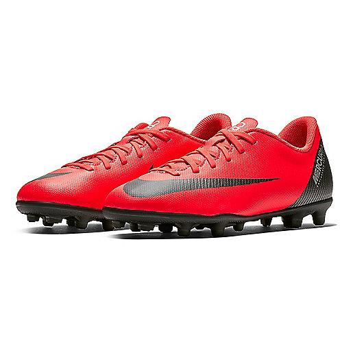 4a405023fd0 Chaussures de football moulées enfant Jr Vapor 12 Club Gs Cr7 Fg Mg  Multicolore AJ30951 · NIKE