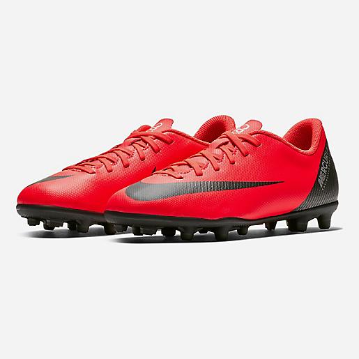 402d60db76241 Chaussures de football moulées enfant Jr Vapor 12 Club Gs Cr7 Fg Mg NIKE