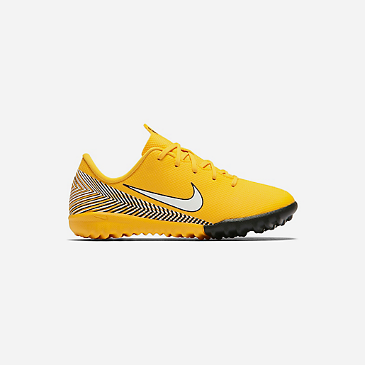 chaussure futsal neymar f40c12