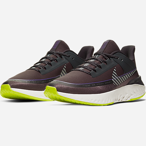 Chaussures de running homme Legend React 2 Shield NIKE