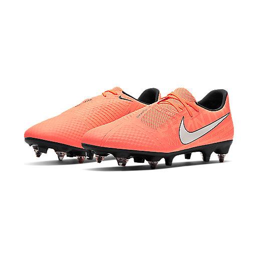 Chaussures vissées | Chaussures | Football | INTERSPORT