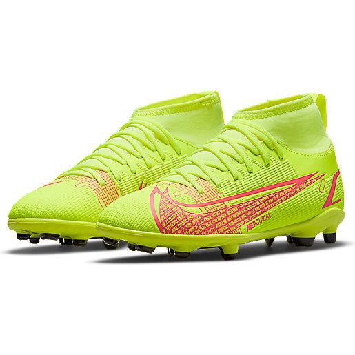 Chaussures de football : moulées, indoor, stabilisées, vissées ...