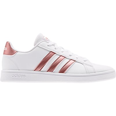 chaussure adidas fille 27