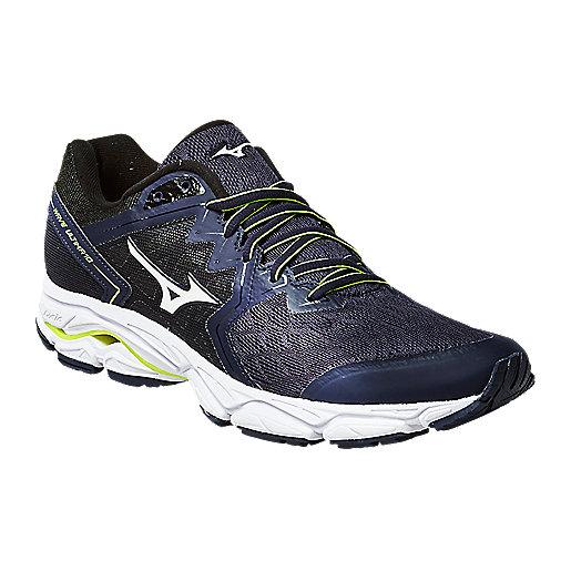 b1f46d6d6f42 Promotions sur les chaussures de sport et sneakers